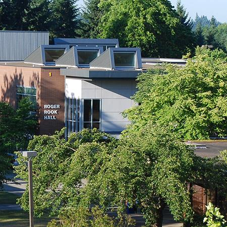 Photo of Oregon City campus from a distance